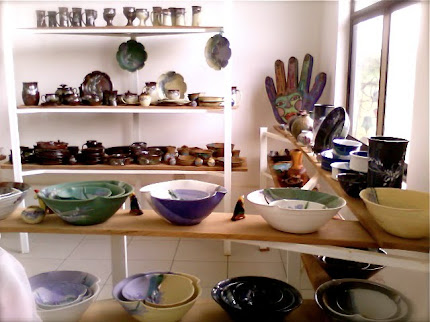 Sets of Pottery Dinnerware