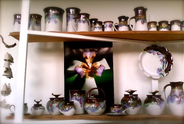 Teapots and Covered Jars