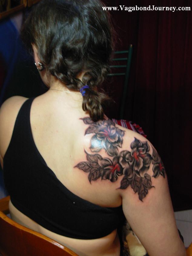 Tattoos back tattoos flower back tattoos back flower for Back tattoo flower designs