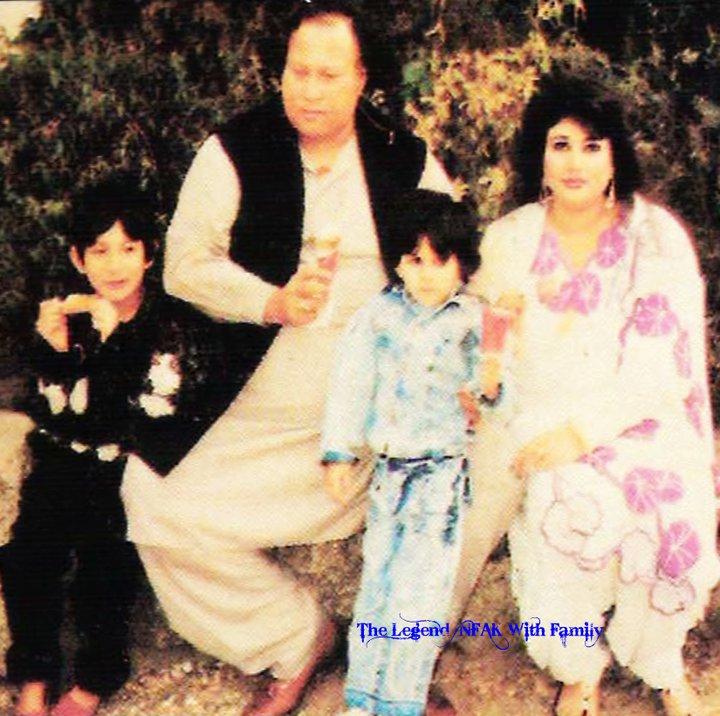 Nusrat Fateh Ali Khan Pictures Of The Legend