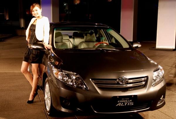 http://1.bp.blogspot.com/_1m_IkAU_c-Q/S_69PlsGJ8I/AAAAAAAABdc/huKAUHPVIR0/s640/Toyota_Corolla_Altis_Diesel.jpg