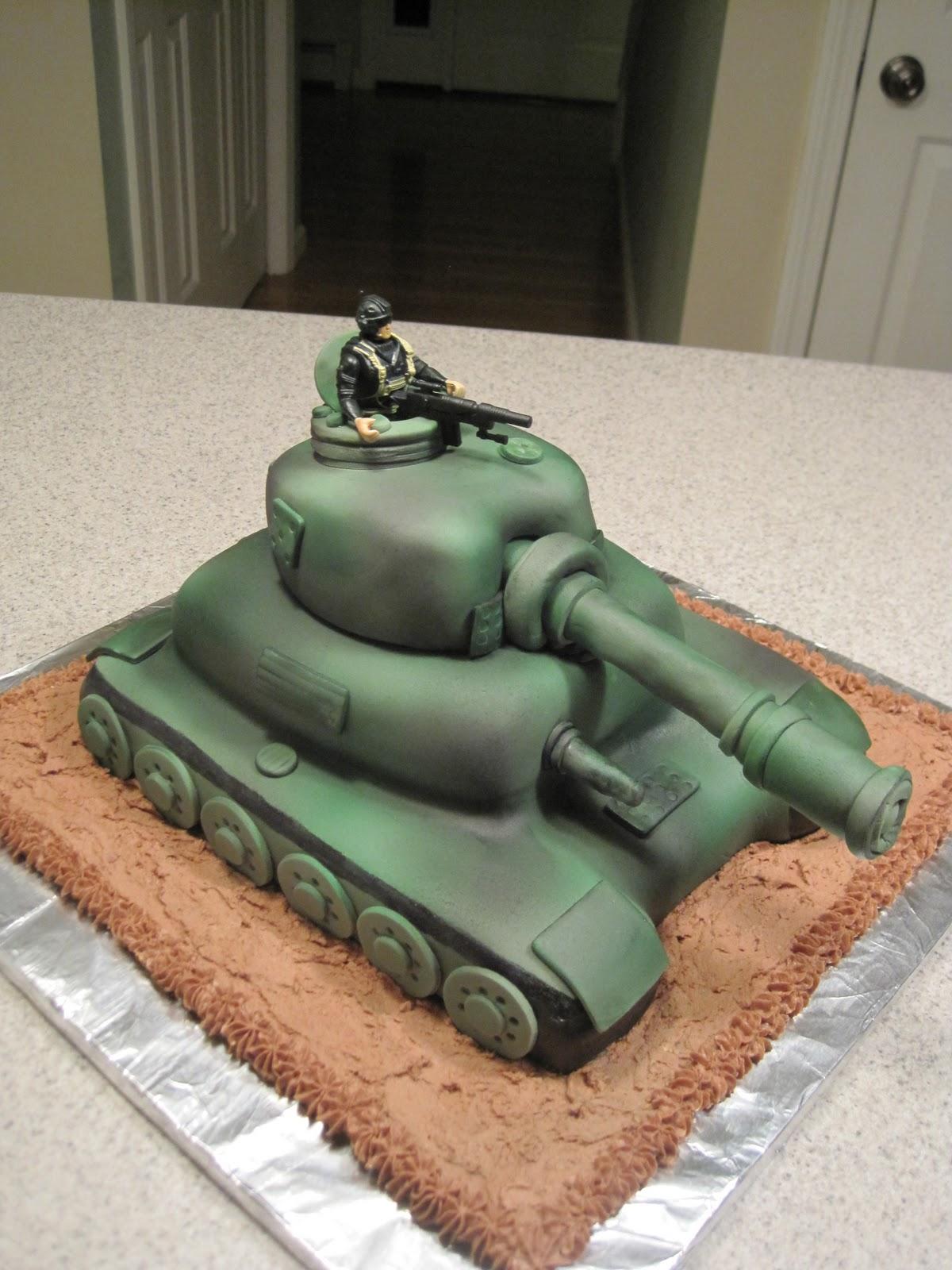 Creative Cakes by Lynn: Army Tank Cake