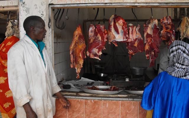 24 septembre - Boucherie au marche de Morogoro
