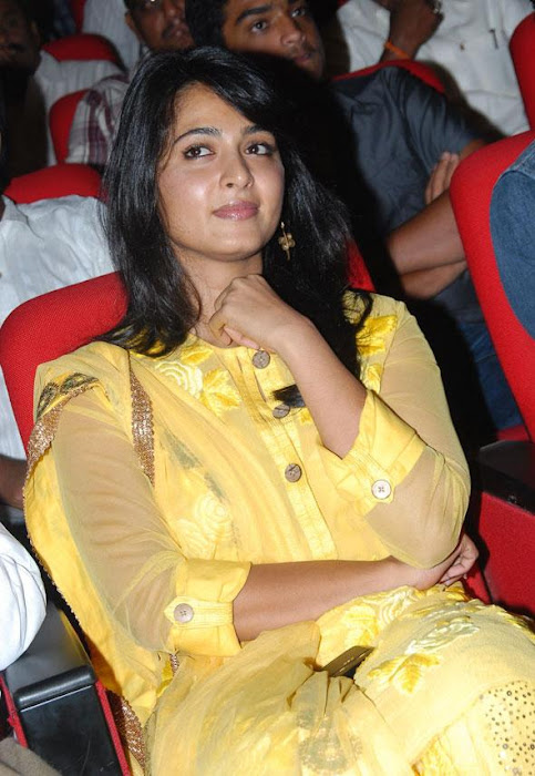 anushka ragada audio release function latest photos