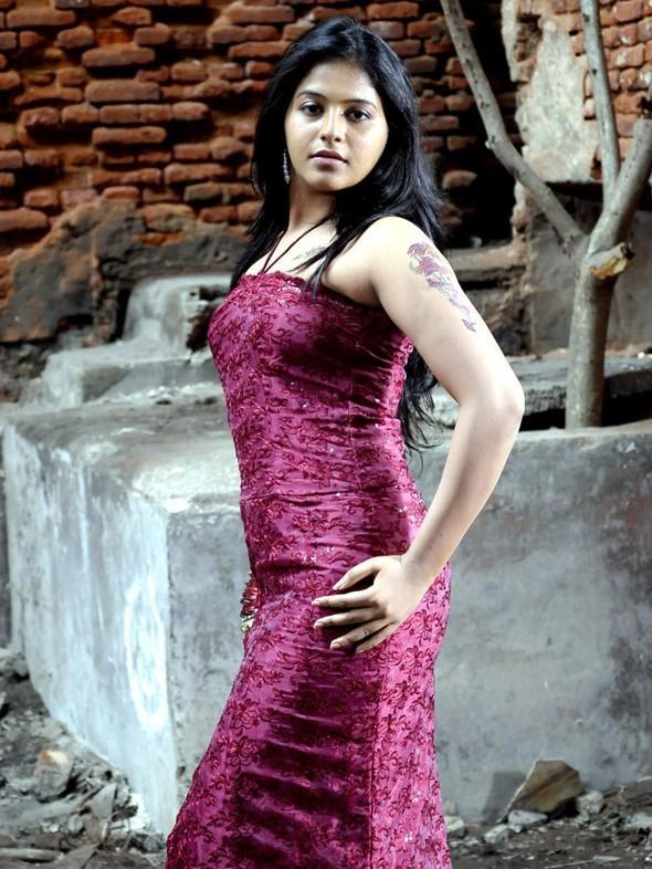 Actress Anjali Hot Stills unseen pics