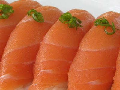 what are you craving right now - Page 2 Salmon%2Bsushi%2B4