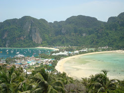ISLAS PHI PHI