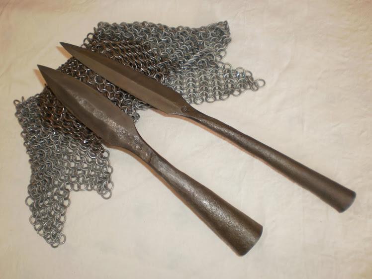 fer de lance et javelot