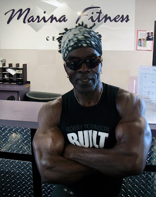 "ROBBY ROBINSON - MARINA FITNESS, MARINA DEL REY,  LA CA 2009 ""BLACK PRINCE"", ""BUILT"" or ""MUSCLE vs HUSTLE"" shirts, hats and posters ▶ www.robbyrobinson.net/motivation.php"
