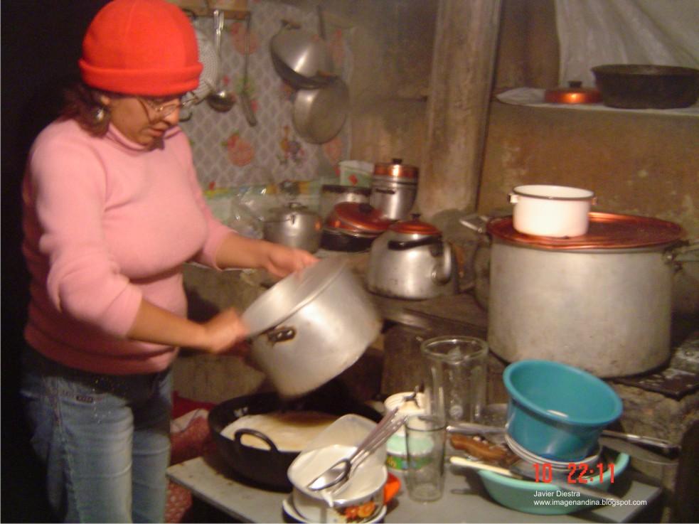 Labores de una ama de casa « Imagen Andina