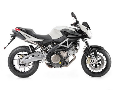 New 2011 Aprilia Shiver 750 White