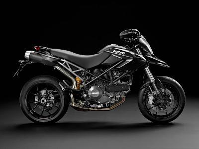 2011 Ducati Hypermotard796 black