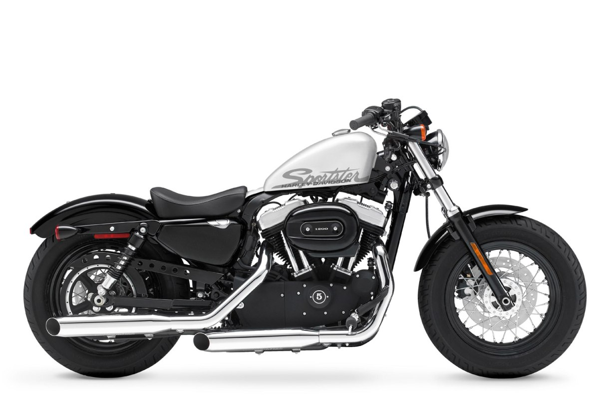 2011 Harley Davidson Forty Eight 48 Sportster   MotorCycle Picture
