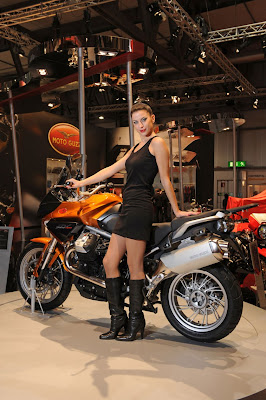2011-MotoGuzzi-Stelvio-Orange