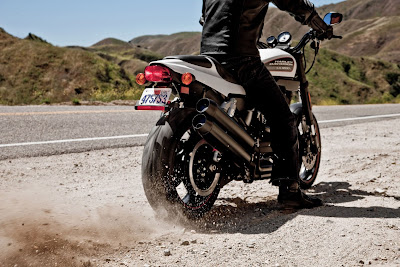 2011-Harley-Davidson-XR1200X