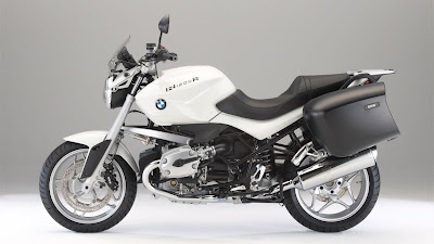 2011-BMW-R1200RTouringSpecial