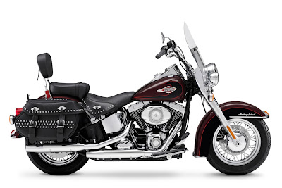2011 Harley-Davidson-FLSTC-Heritage-Softail-Classic