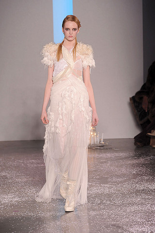 rodarte black swan white dress. rodarte black swan white dress. Rodarte Black Swan White Dress