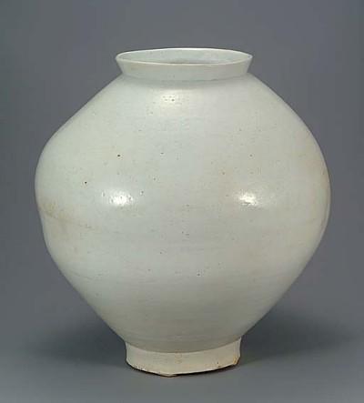 Pottery Cove Porcelain Vs China