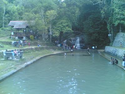 dabo singkep wisata alam air terjun batu ampar 4