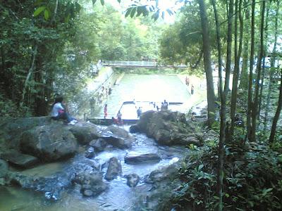 dabo singkep wisata alam air terjun batu ampar 10