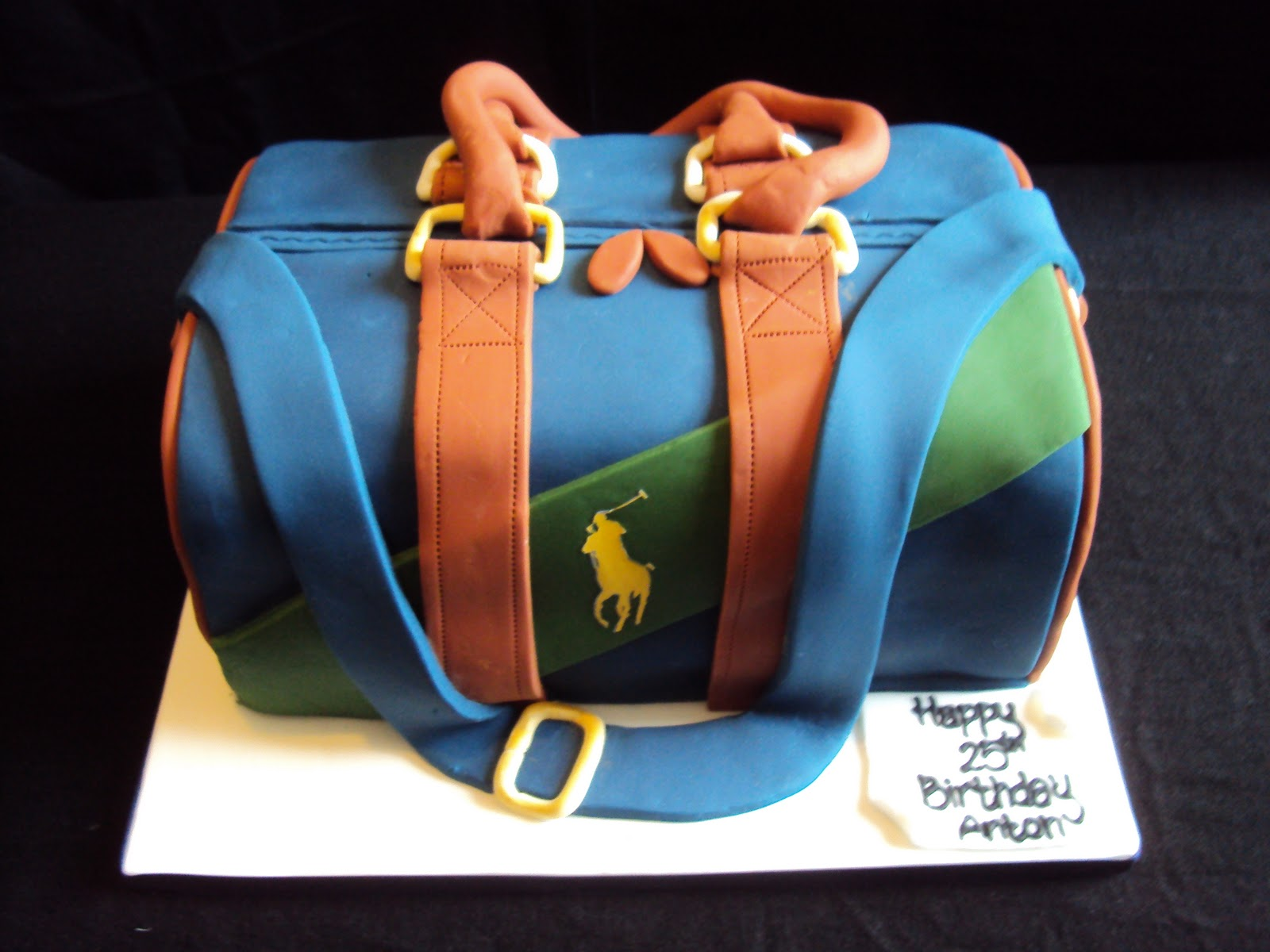 how to make a duffle bag cake