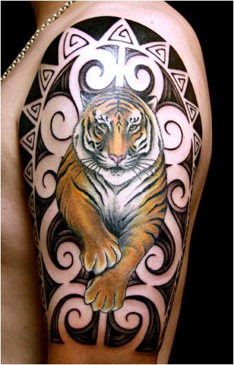 tattoo gallery > clown tattoos
