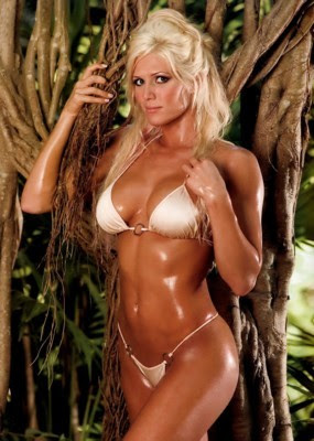 Torrie Wilson - fitness beauty - fitness beauties