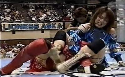 Michiko Omukai - Azumi Hyuga - brutal japanese lady wrestling