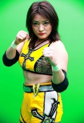 Luchadora-Ayako Hamada