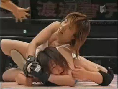 Saki Maemura - Takako Inoue - japanese female wrestling