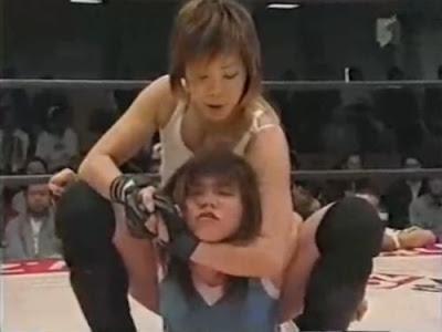 Saki Maemura - Takako Inoue - japanese wrestling