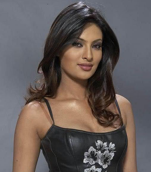 Bollywood Actress Hairstyles For Women, Long Hairstyle 2011, Hairstyle 2011, New Long Hairstyle 2011, Celebrity Long Hairstyles 2015