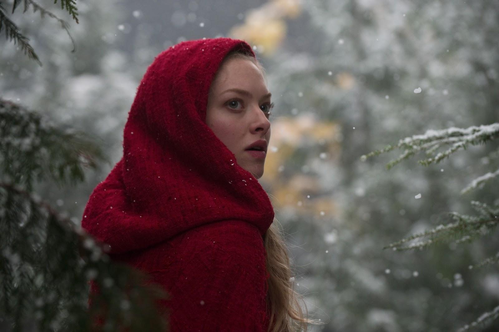 http://1.bp.blogspot.com/_203N03RKSAs/TTQYd5K5z4I/AAAAAAAAA4s/nT_JdQkUxFU/s1600/red_riding_hood_movie_image_amanda_seyfried_02.jpg