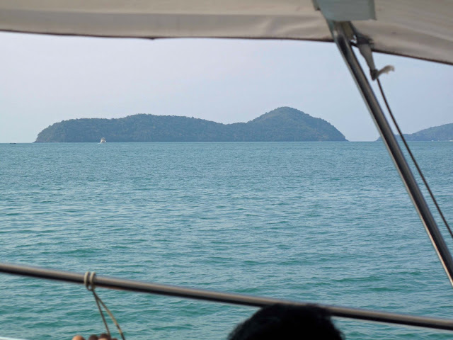 Posted by Garry: Phuket (Thailand Trip) - March, 2010: Thailand, Beaches, Sea, Island,  Phuket,bankok