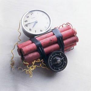 http://1.bp.blogspot.com/_21ZNWuDPcT0/SM_1ZiD1sLI/AAAAAAAABPA/gESIv_bV7Fk/s400/bomb.jpg