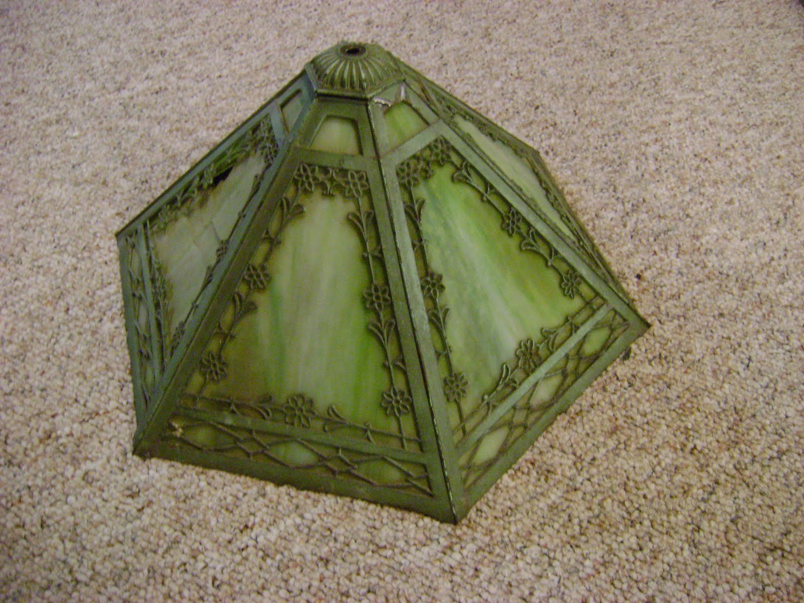 adventures in ebay antique tiffany style lamp shade. Black Bedroom Furniture Sets. Home Design Ideas