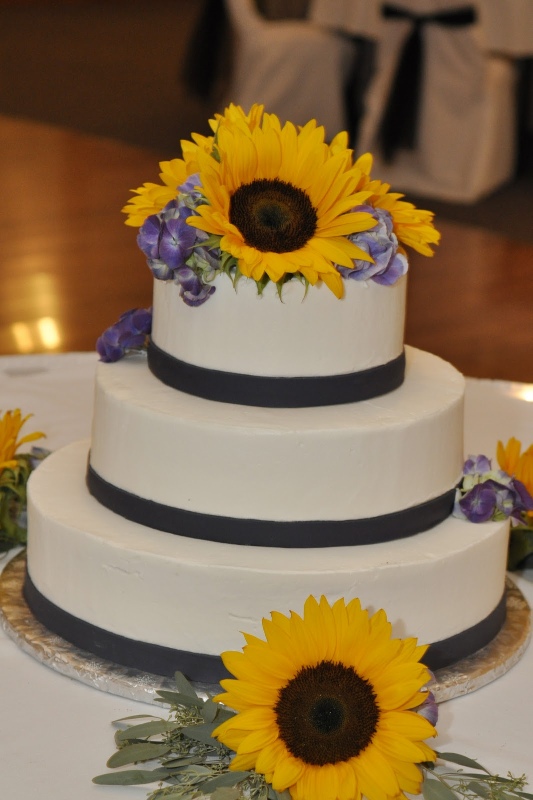 Sunflower And Blue Wedding Cake Viewing Gallery