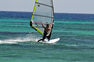 Nick Moffatt windsurfing back-to-front