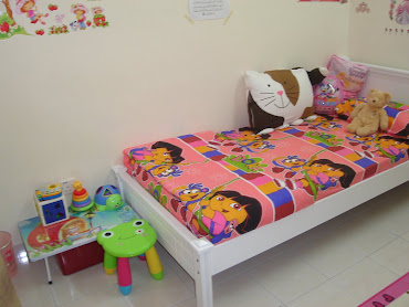 Cadar comforter Dora, Doomagic pilllowcase cat, Storybook pillow, backpack minnie..all nice kan..