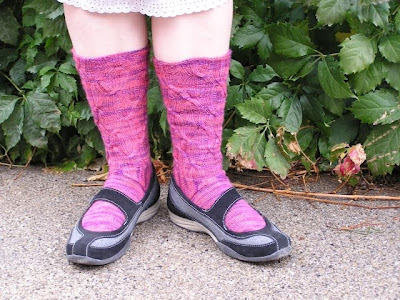 socks in shoes, uncuffed