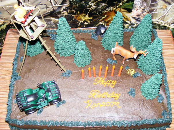 Turkey Hunting Cake Decorations : PattiCakes!: Deer Hunting Cake and Cupcake tower