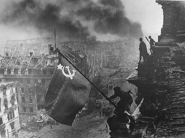 "Entrevista a Grover Furr: ""Las acusaciones de Kruschev contra Stalin son falsas"" Reichs.bmp"