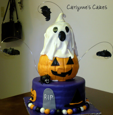 Carlynne 39 s cakes halloween cake for Easy halloween cakes to make at home