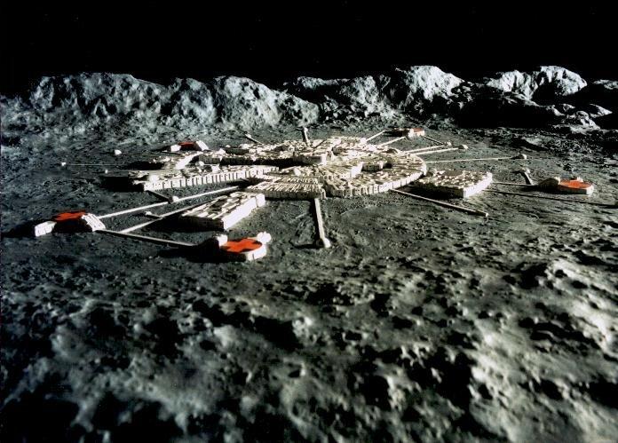 Alien base on the far side of the moon