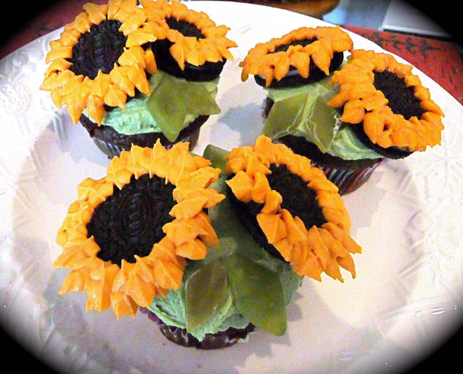 KatesKakes Sunflower Cupcakes