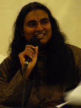 Darshan of Swami Vishwananda June 2009