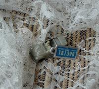 War Amps key tag toy car