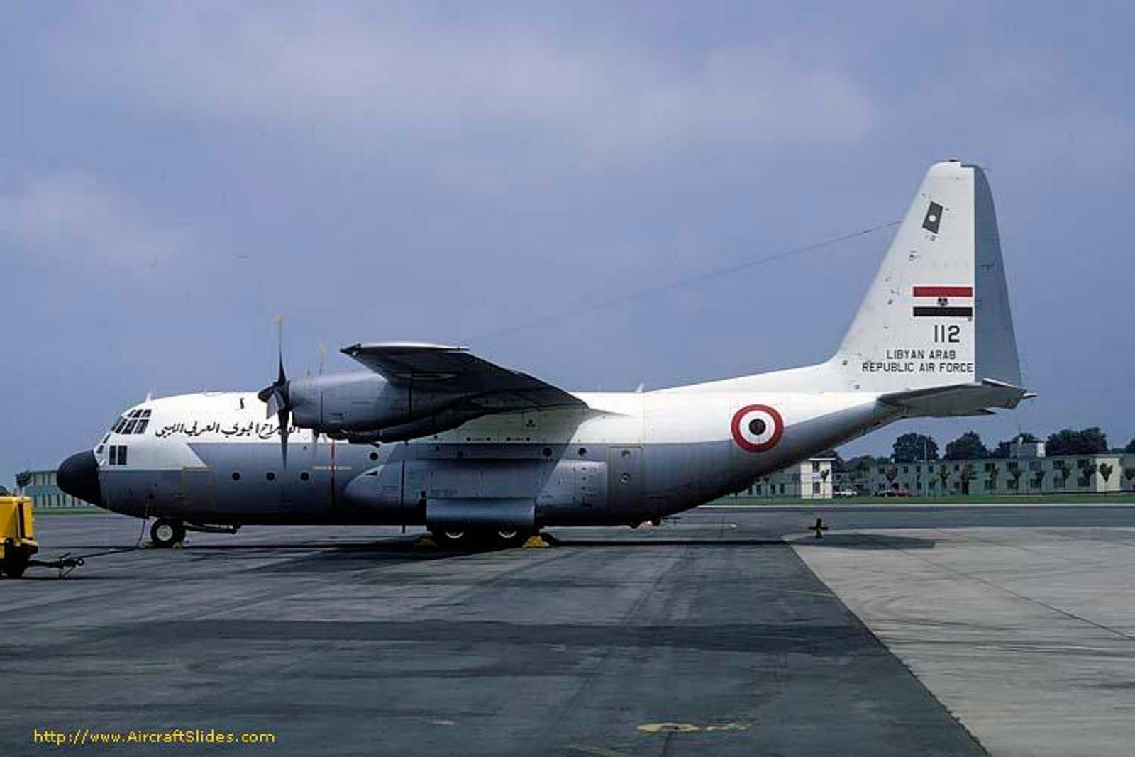 Armée Libyenne/Libyan Armed Forces - Page 13 C-130H%2B112%2BLIBIO%2BA%C3%91OS%2B70