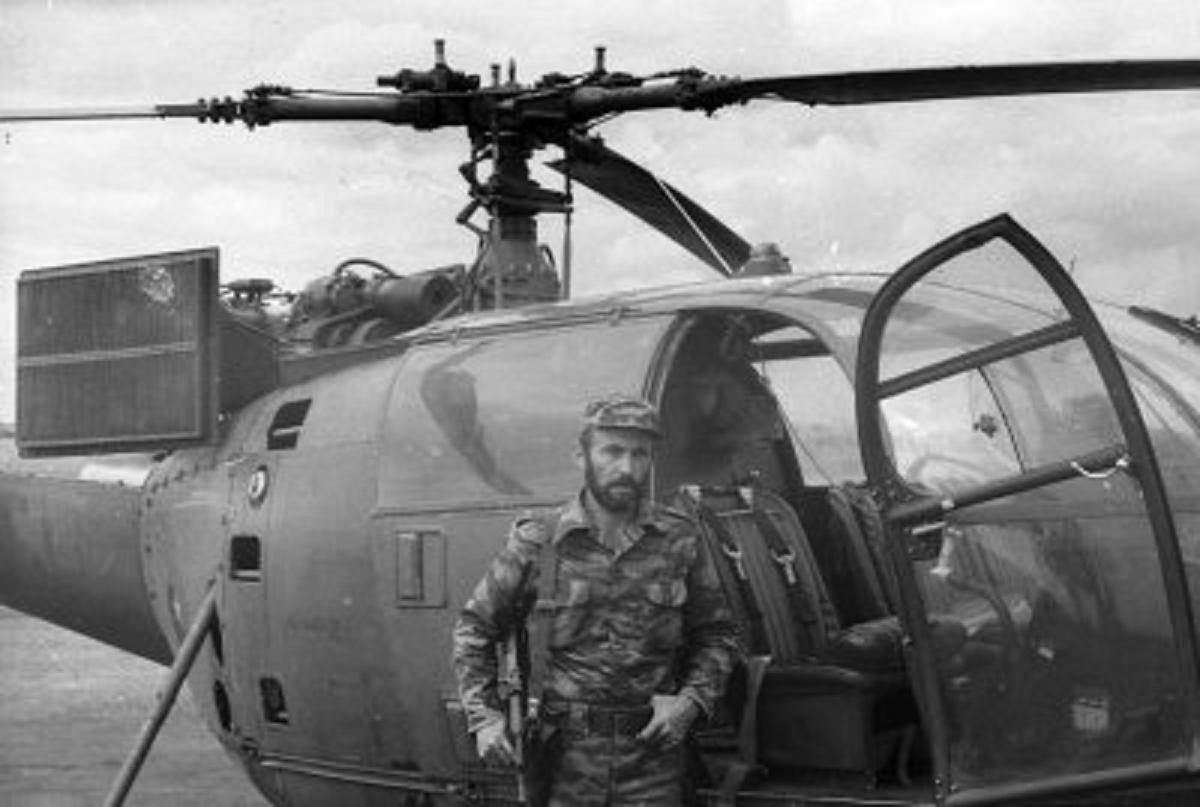 soldats cubains et russes ANGOLA%2BCUITO%2BCUANAVALE%2B1985%2BALOUETTE%2BANGOLEÃ'O%2B2%2BBIS